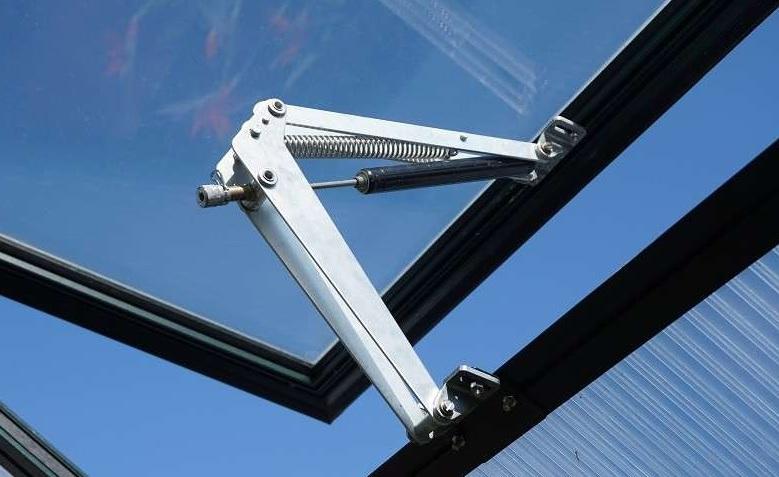 Automatischer Fensterheber (Megavent) für Gewächshäuser